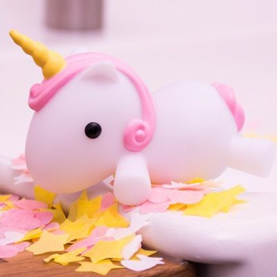 Fizz Creations Unicorn Light Up Bath Plug