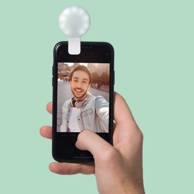 Fizz Creations Light Up your selfie light attached to phone