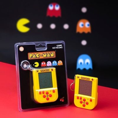 PAC-MAN key chain game and pack