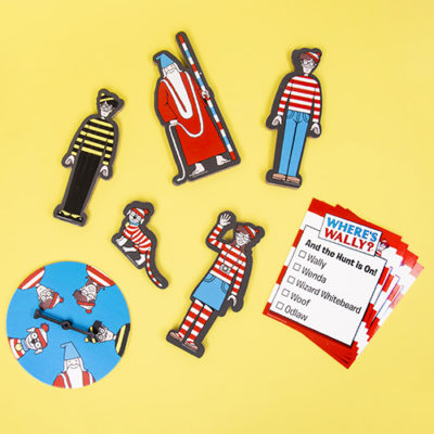 Fizz Creations Where's Wally? Scavenger Character Game Contents