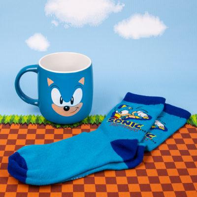 Fizz Creations Sonic Mug and Sock Set Contents